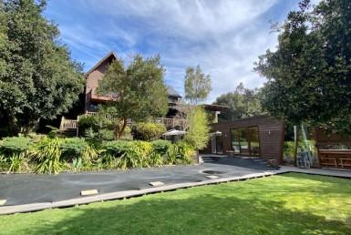 Arriendo amplia casa Puntilla de Villarrica, capacidad 12 personas, 6 dorm 7 baños, piscina quincho acción náutica